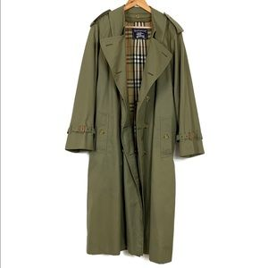 Burberry Trench Coat Vintage Olive Green Size 38R